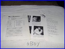 ELVIS PRESLEY Memories Radio Show. 3 LPs COMPLETE BOX SCRIPTS ETC NM
