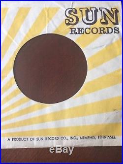 ELVIS PRESLEY ORIGINAL SUN RECORD (217) Mystery Train 45 RPM In Sleeve 1955