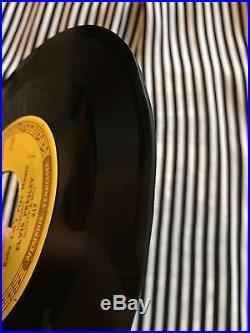 ELVIS PRESLEYBaby Let's Play Houseon SUN 217ORIGINAL 1955 LISTEN 45