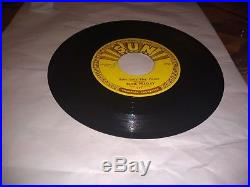 Elvis Presley Baby Lets Play House/ Im Left 45 Sun records 217 ORIGINAL
