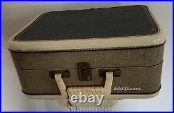 Elvis Presley EPE 1956 4 Speed Record Player With Original Book