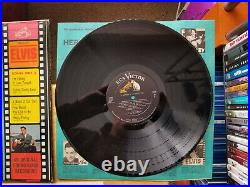 Elvis Presley IT HAPPENED AT THE WORLD'S FAIR LPM-2697 1963 with PHOTO