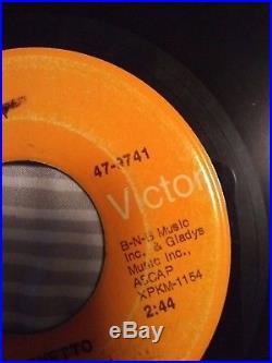 Elvis Presley In The Ghetto 45 rca victor (scott davis) radio promotion b-n-b