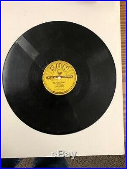 Elvis Presley Original 1954 Sun Record #209 78 RPM That's All Right. Has Crack