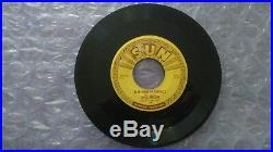 Elvis Presley Original Thats All Right/Blue Moon Of Kentucky Sun 45 Push Marks