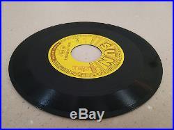 Elvis Presley SUN 215 YOU'RE A HEARTBREAKER