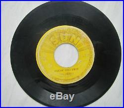 Original Elvis Sun 45 Sun 215'Milkcow Blues Boogie/ You're a Heartbreaker