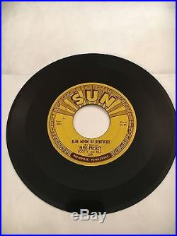Vintage ELVIS PRESLEY 45 rpm Vinyl Record 1954 SUN #209 That's All Right U-128 9